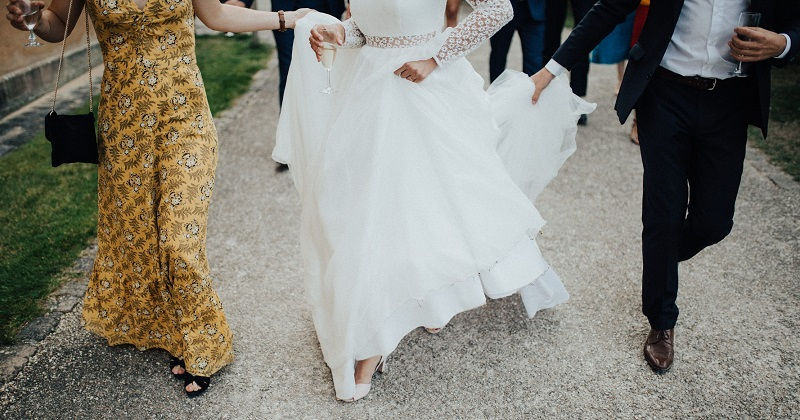 How To Make A Wedding Dresses.Tips On How To Make Your Simple Dress Standout Bg Bridal