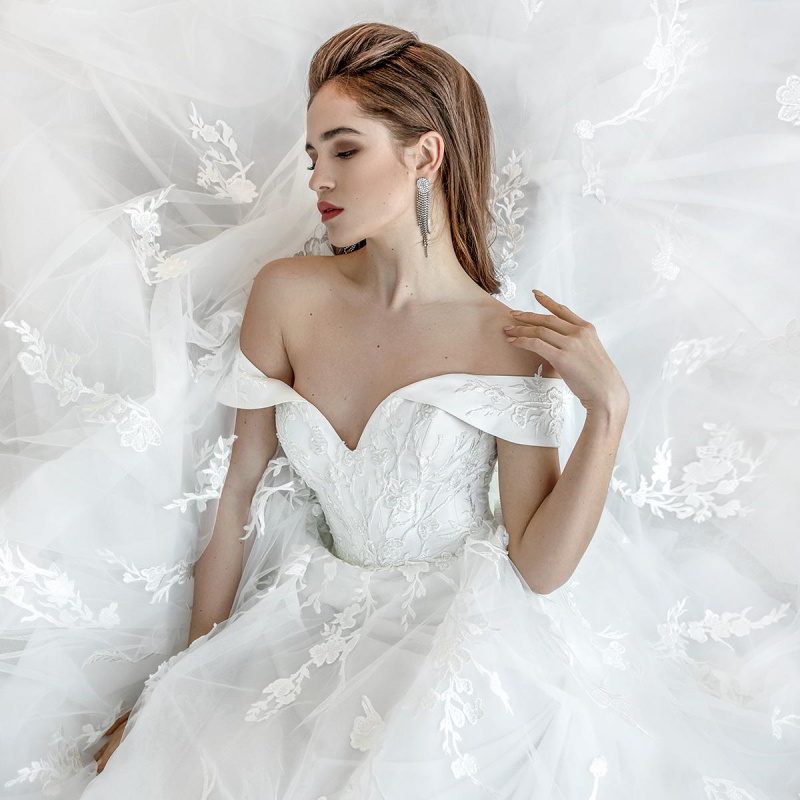 "Oleg Baburow 2019 Wedding Dresses — ""Classic"" Bridal Collection 