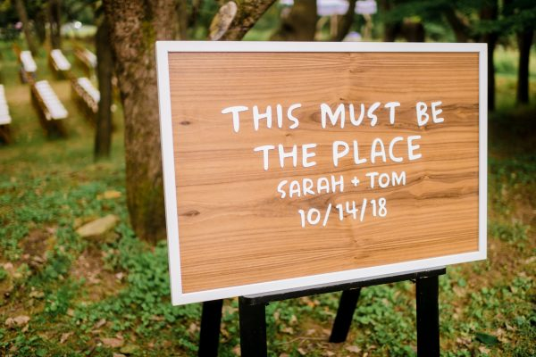Real Wedding: Sarah + Tom - Elegance & Simplicity, Inc. - Wedding Planning, Flowers