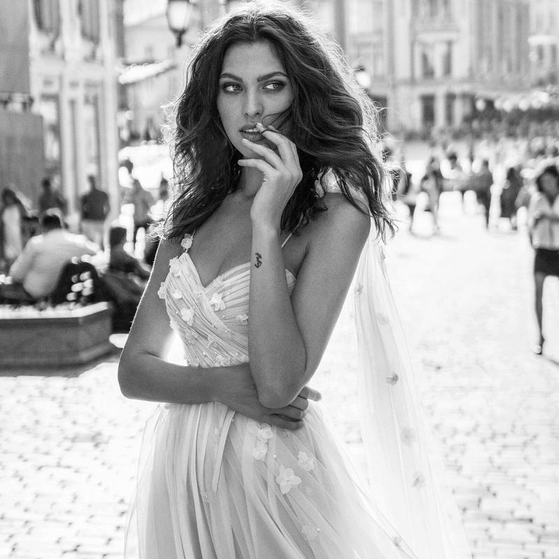 "Papilio Light 2019 Wedding Dresses — ""Cosmopolitan City"" Bridal Collection | Wedding Inspirasi"