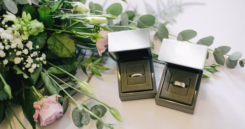 Choosing Your Wedding Rings: The Complete Guide
